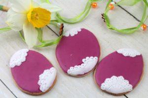 orchideli - Piękne ciasteczka do wielkanocnego koszyczka - koronkowe pisanki z lukru