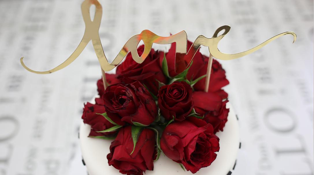 orchideli- jak bezpiecznie dekorować torty żywymi kwiatami, świeżymi kwiatami, fresh flower cake, jadalne kwiaty, jak dekorowac torty kwiatami