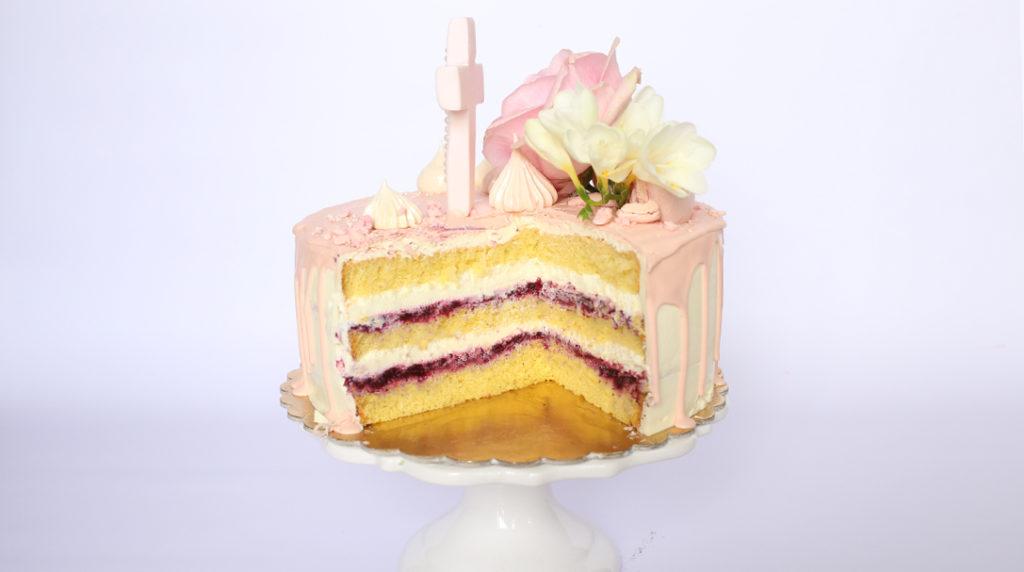 orchideli, tort na komunię dla dziewczynki, różowy tort komunijny, tort komunijny bez lukru, masy cukrowej