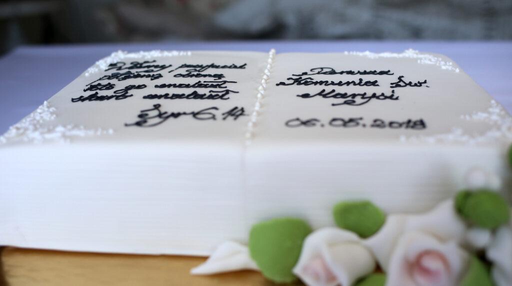 orchideli przepis na tort komunijny księga, tort na komunię