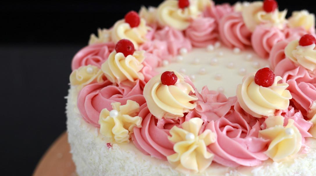 orchideli, przepis na tort malinowo-porzeczkowy, prosty tort urodzinowy dla dziecka