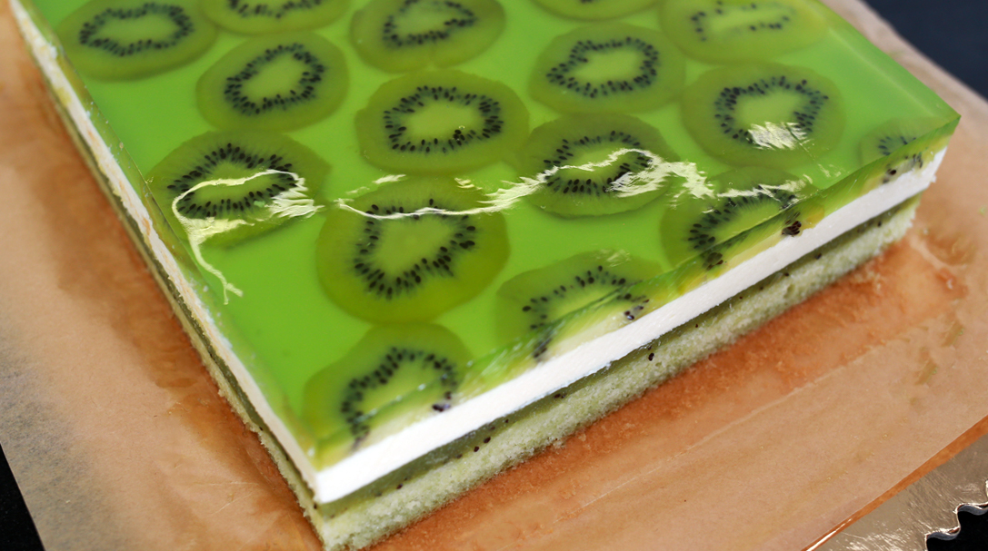 orchideli, przepis na ciasto żółw, ciasto z kiwi, ciasto z owocami