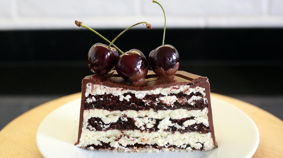 Шоколадный торт с вишней, Рецепт шоколадного торта с вишней