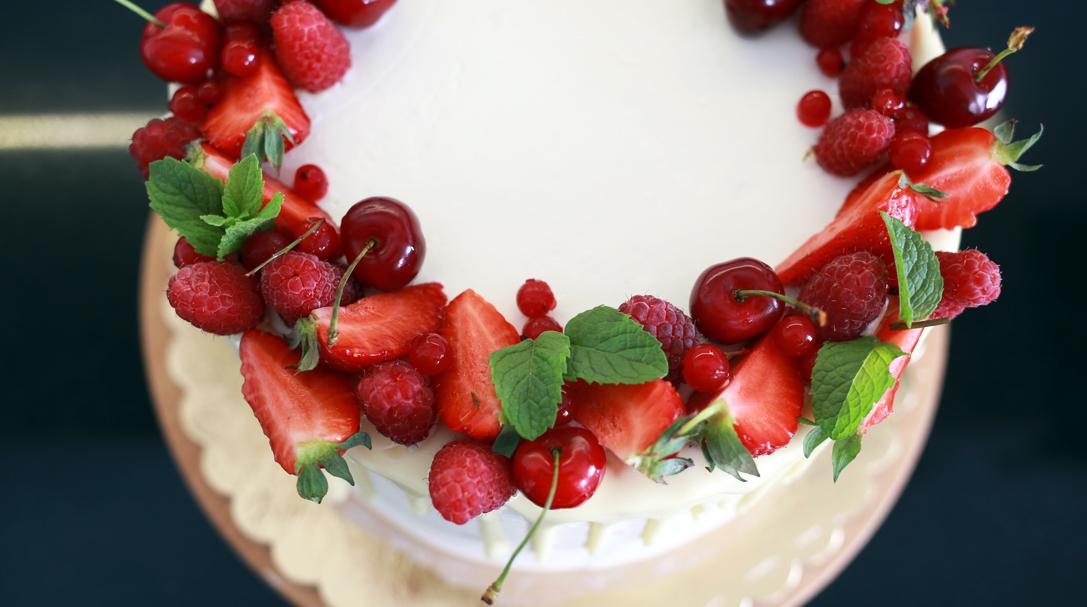orchideli, Рецепт фисташкового торта с ягодами